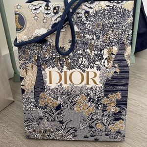 Dior shopping bags small size